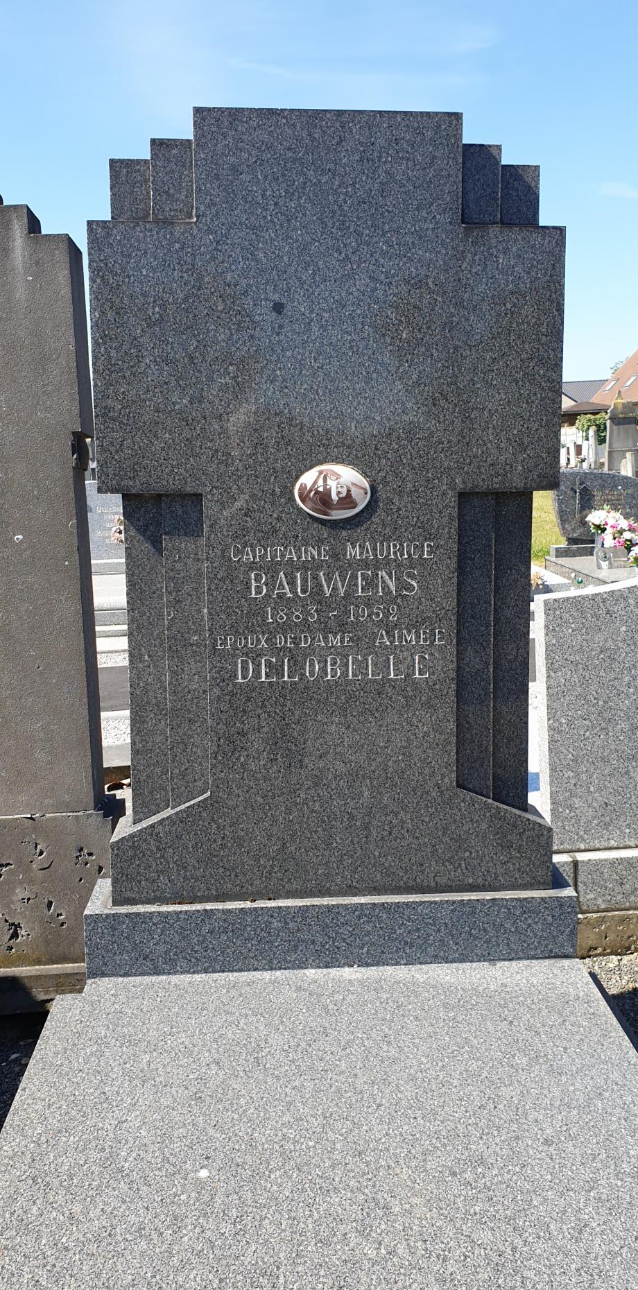 Tombe de Maurice BAUWENS.jpg