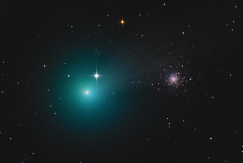 comet-lovejoy-c-2014-q2-chris-schur.jpg