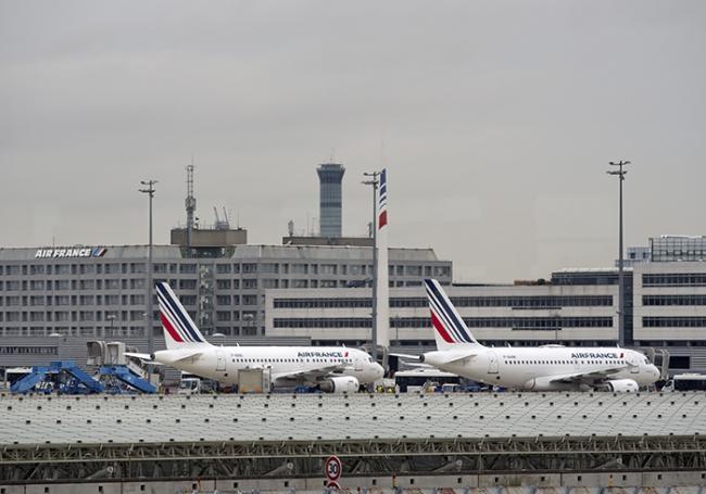 Aéroport de Roissy.jpg