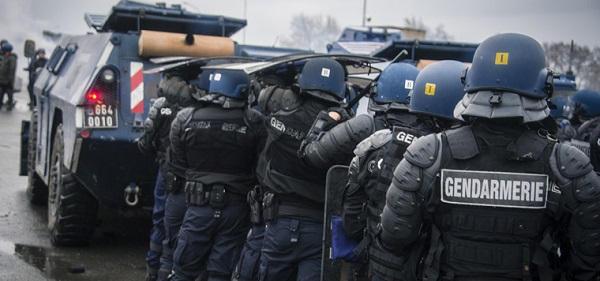 gendarmerie-20160928.jpg