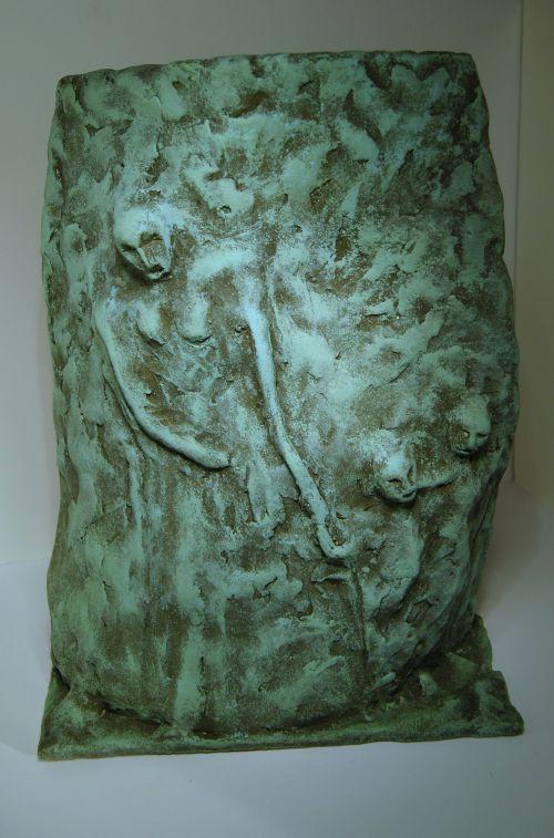 24 / Les clandestins, céramique, h 30cm