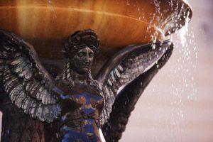 Fontaine de la place de la Trinité