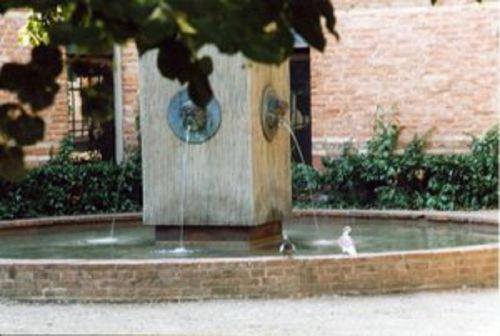 La fontaine du square Cartailhac