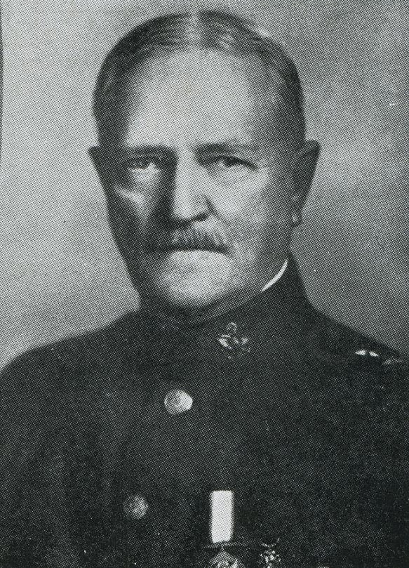 051Pershing1917