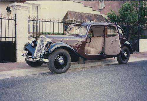 7A 1934 bordeaux.jpg