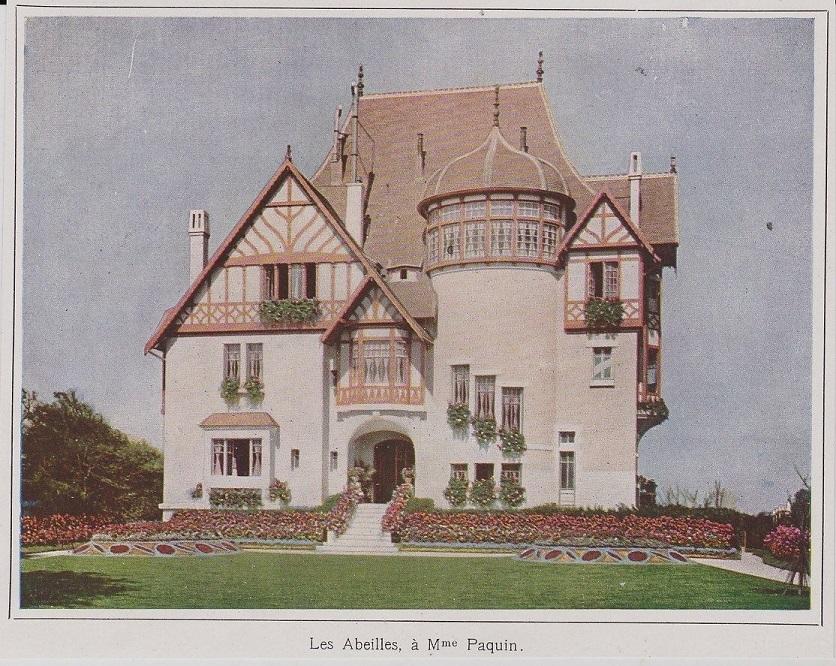 Villa Paquin red.jpg