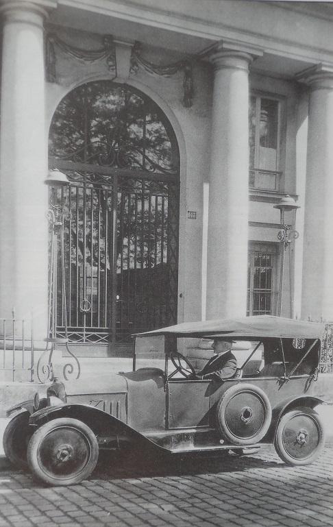 1919-premièreCitroën red.jpg