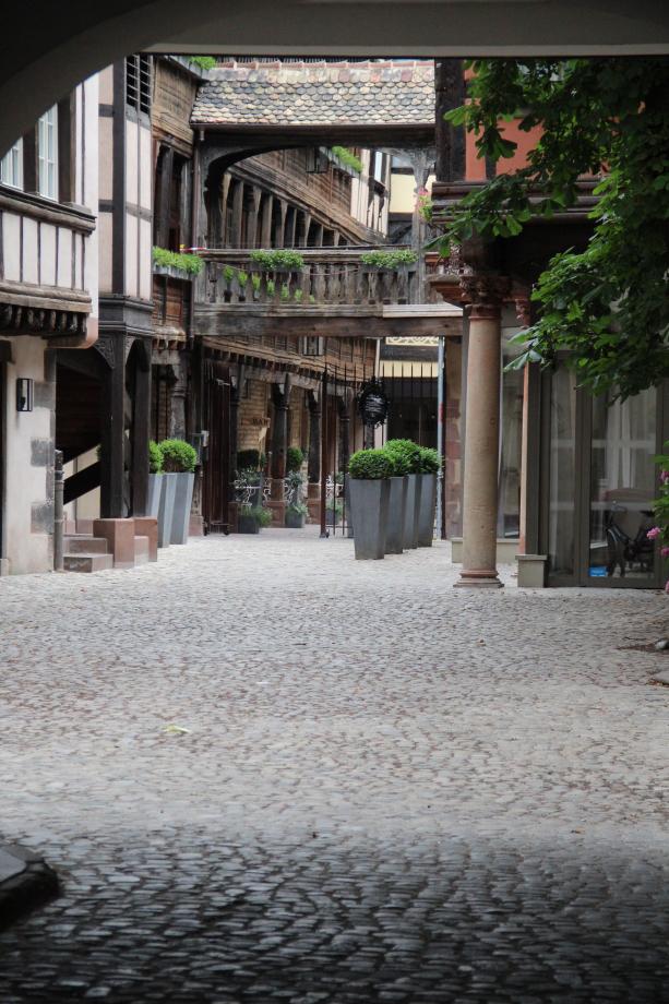 Merci à l'hôtel de la cour du corbeau à Strasbourg.