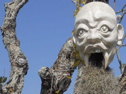 Chiang Rai, Temple blanc