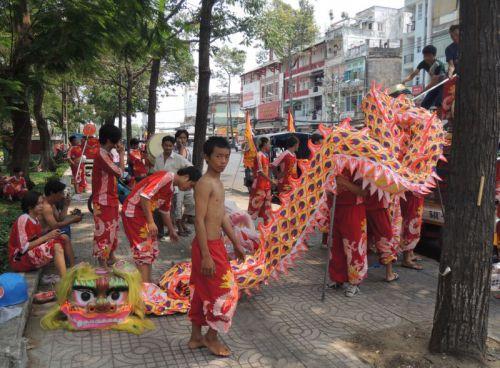 spectacle de rue, Saïgon