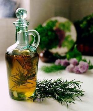 huile essentielle de romarin.jpg