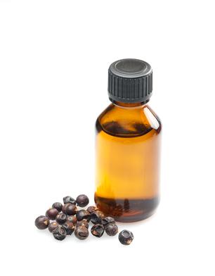 huile essentielle de génévrier.jpg