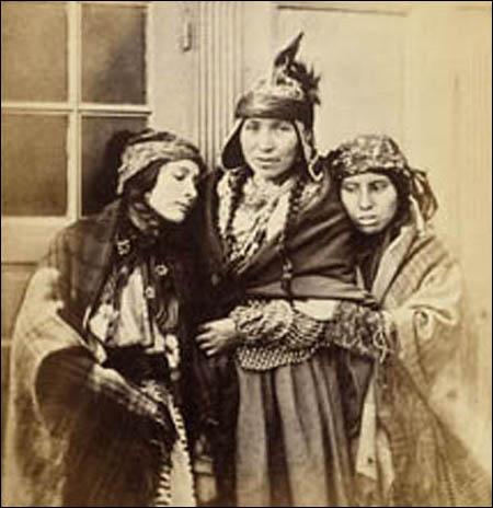 mikmaq-women.jpg