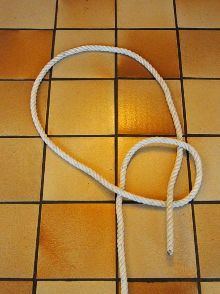 https://static.blog4ever.com/2012/03/678268/2-Le-serpent-sort-du-puits.jpg