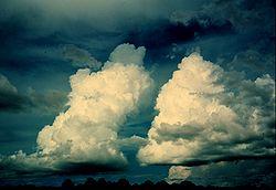 https://static.blog4ever.com/2012/03/678268/cumulus-bourgeonnant-ou-congestus.jpg