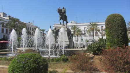 4 - Plaza del Arenal (Estatua de Primo de Rivera).JPG