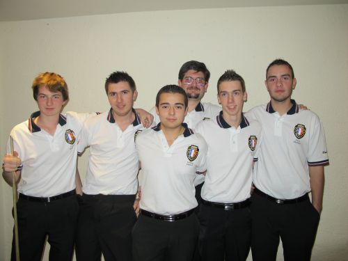 Blackpool 2012 - Les U18 français avec coach Romain GUILBAUD du BBCB26