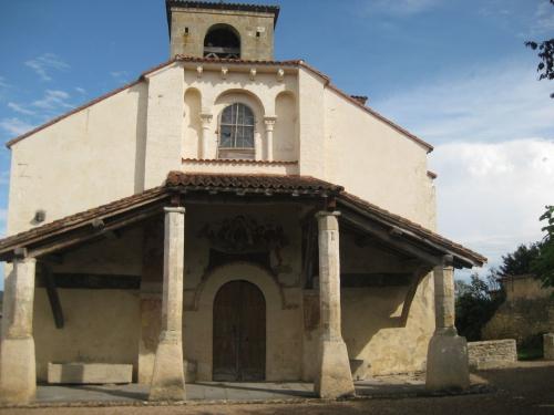 St Pierre aux Liens Moissat 001.JPG