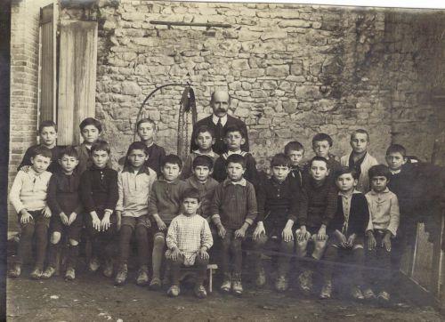 Ecole libre 1931 Mr Courdeysse