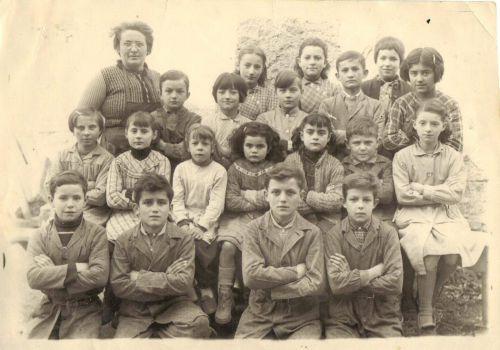 Moissat bas 1958  Classe de Mme Dalbignat