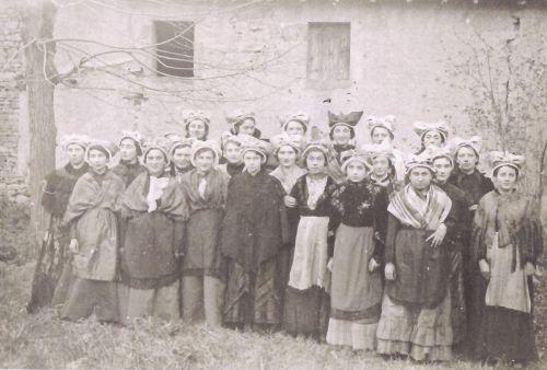 Jeunes filles de la J.A.C.F. (1942)