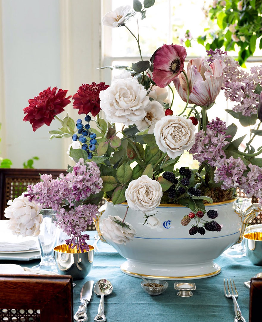 the-ukrainian-man-who-grows-porcelain-flowers-3__880.jpg