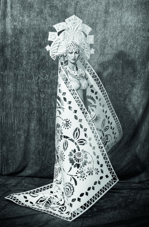 Les-robes-de-mariee-en-papier-de-differentes-cultures-de-Asya-Kozina-2.jpg