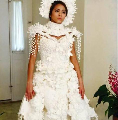 on-fait-de-la-haute-couture-avec-du-papier-toilette-qui-l-eut-cru_c317b616aa67710d2f5017b7549552adfaee1bcd.jpg