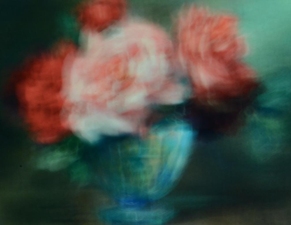 roses roses vase bleu.jpg
