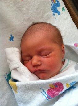 newborn-1571624__340.jpg