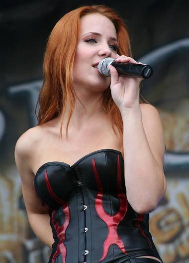 Epica+Simone12.jpg