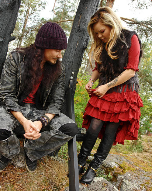 Anette-and-Tuomas-anette-olzon-28970214-500-628.jpg