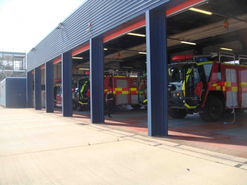 caserne Gatwick  garages.jpg