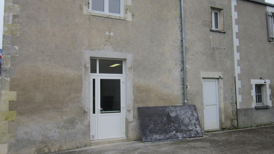 mairie new porte.JPG