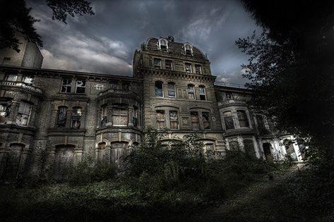 La maison des damnés 4.jpg