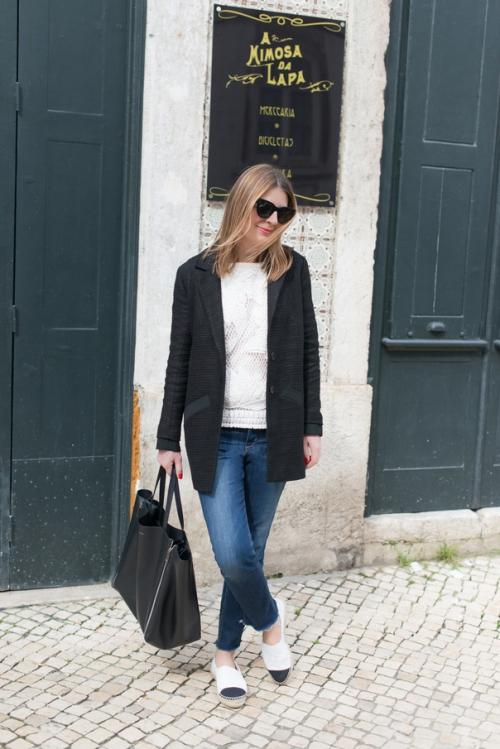 chanel-espadrilles-cuir-blanc-06-604x905.jpg.pagespeed.ce.TGY8sLz7fM.jpg