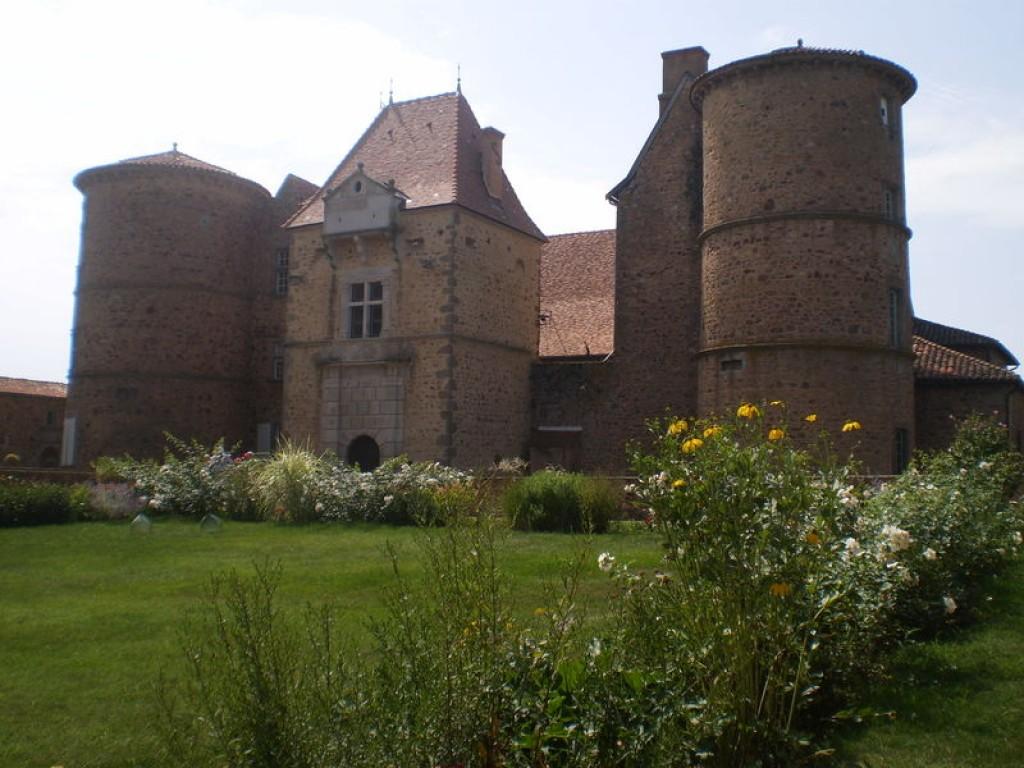 1024__768__auto__-wp-content-uploads-noesit-medias-91374-chateau-st-marcel-de-felines-2.jpg