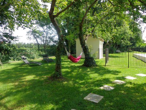 Le hamac très agréable pour des petites siestes à l'ombre des arbres