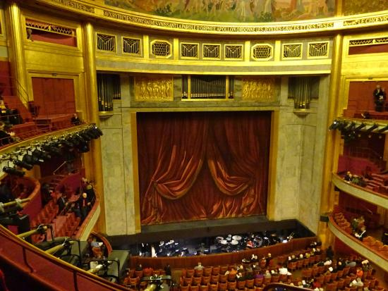 theatre-stage-and-orchestra.jpg