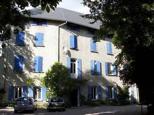 Le bâtiment en 2009. La vigne a bien poussé.jpg