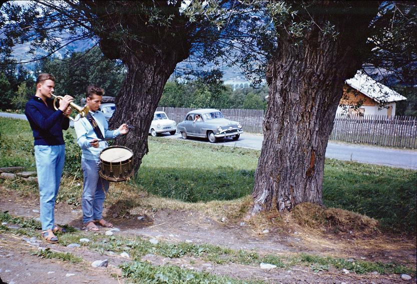 1960 BARATIER-14juillet.SonnerieMorts-MauriceARNAUD-YvesSCHOENLAUB.jpg