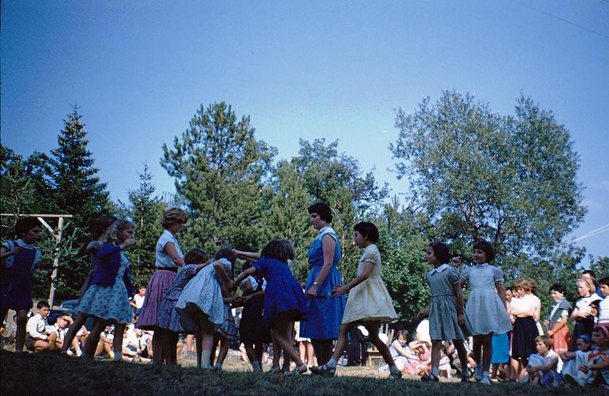 1959 CHARANCE-FêteParents-26Juillet-Danse.chez.Toutes-Petites.jpg