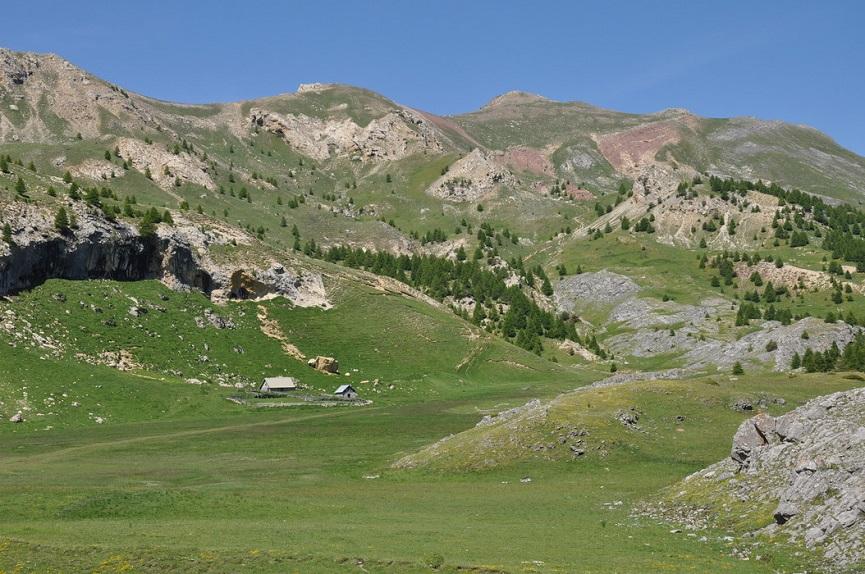 Alpage et cabanes du Morgon.jpg