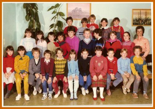 Ecole Les Lavandins CM2 1982