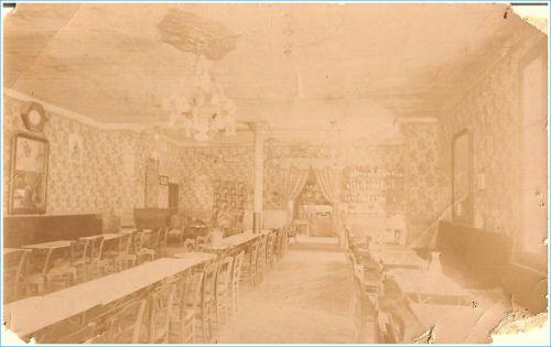 Bar du centre en 1930