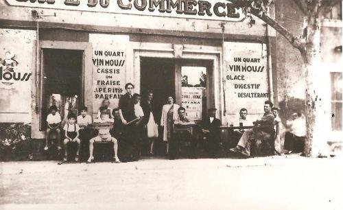 Café du commerce en 1943