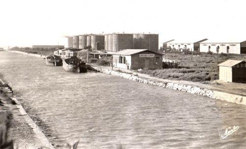 Le canal au pont des eaux blanches années 1950