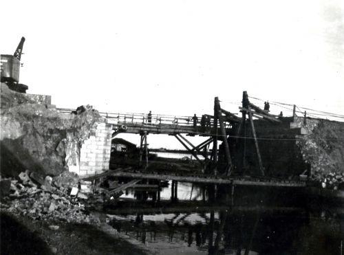 1944 Réparation du pont sur le canal