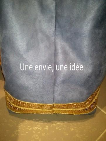 Sac bleu à paillettes dorée 3.jpg