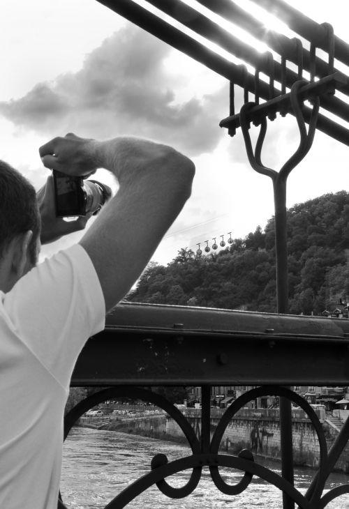 Les bulles de Grenoble prises par un participants aux ateliers photograhique de Grenoble-Atelier-Photo